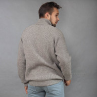 Теплый свитер с горлом из шерсти яка