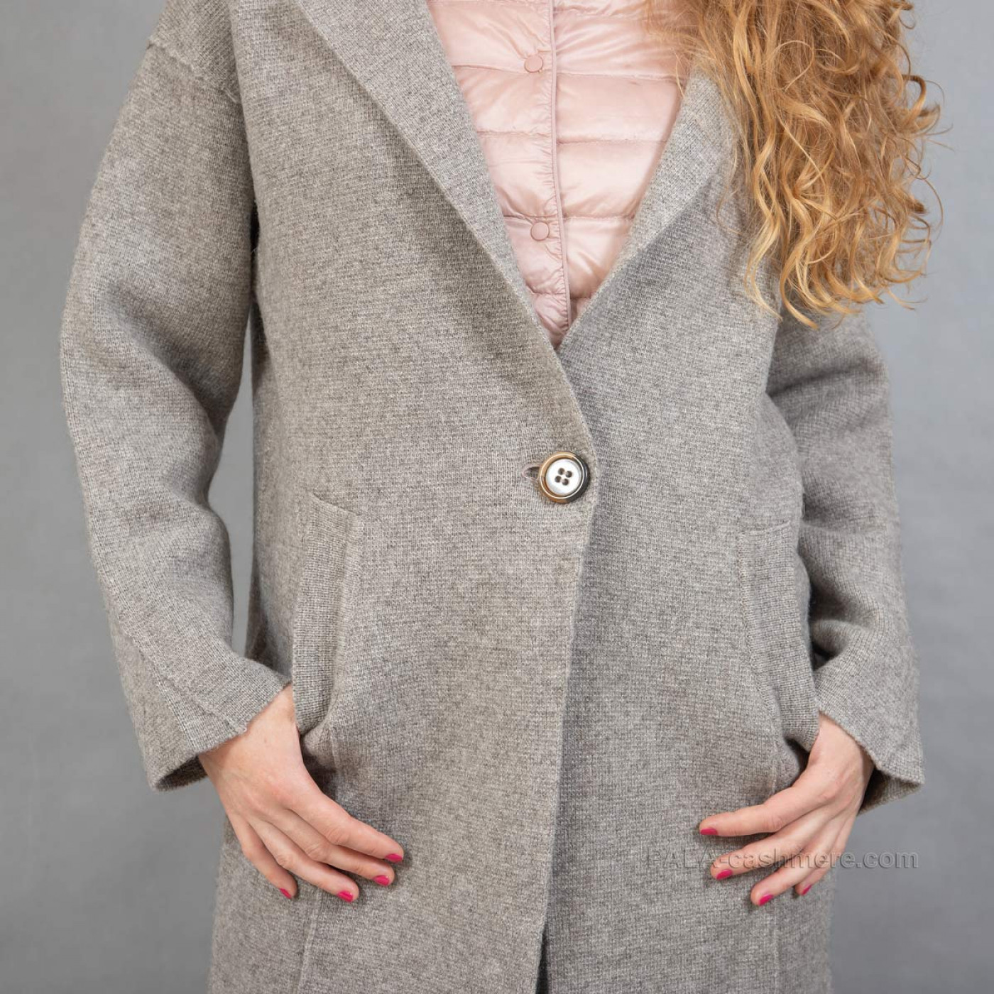 Пальто шерстяное из шерсти яка
