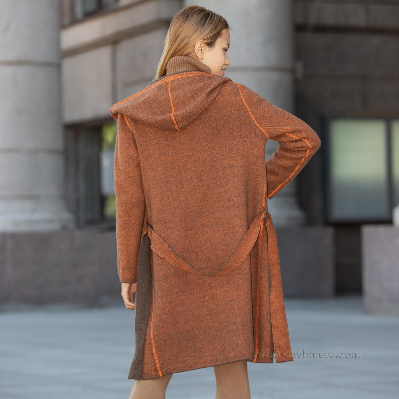 Пальто трикотажное с карманами