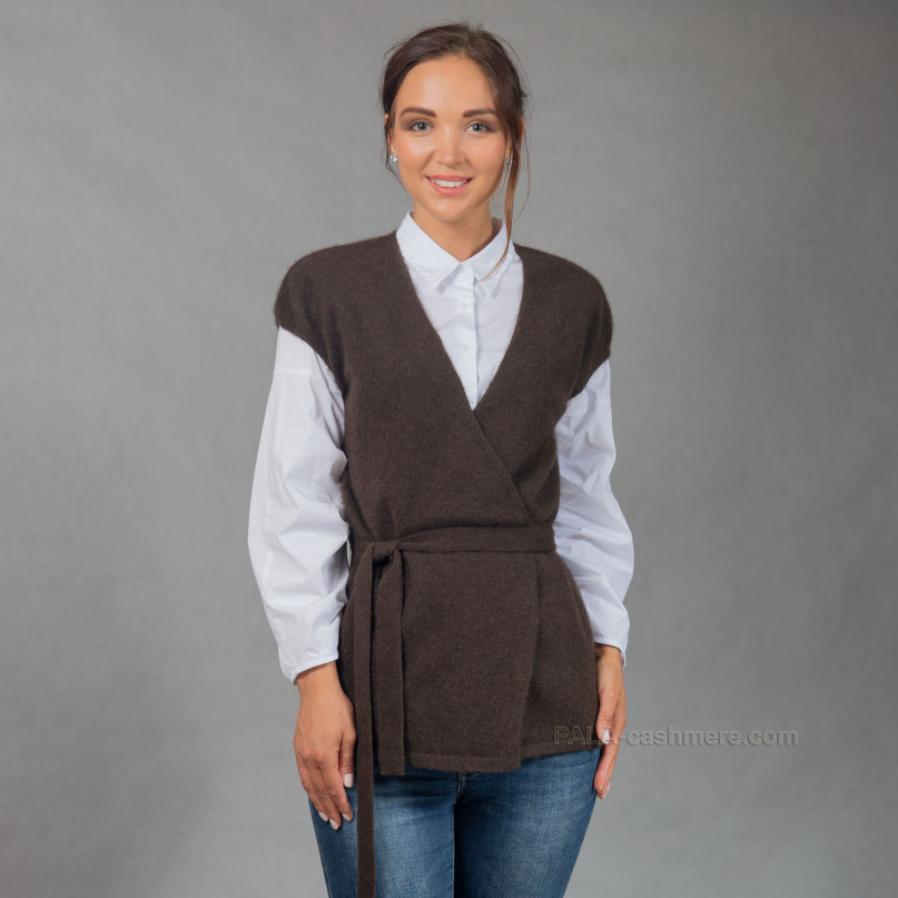 Yak hair cardigan vest with belt
