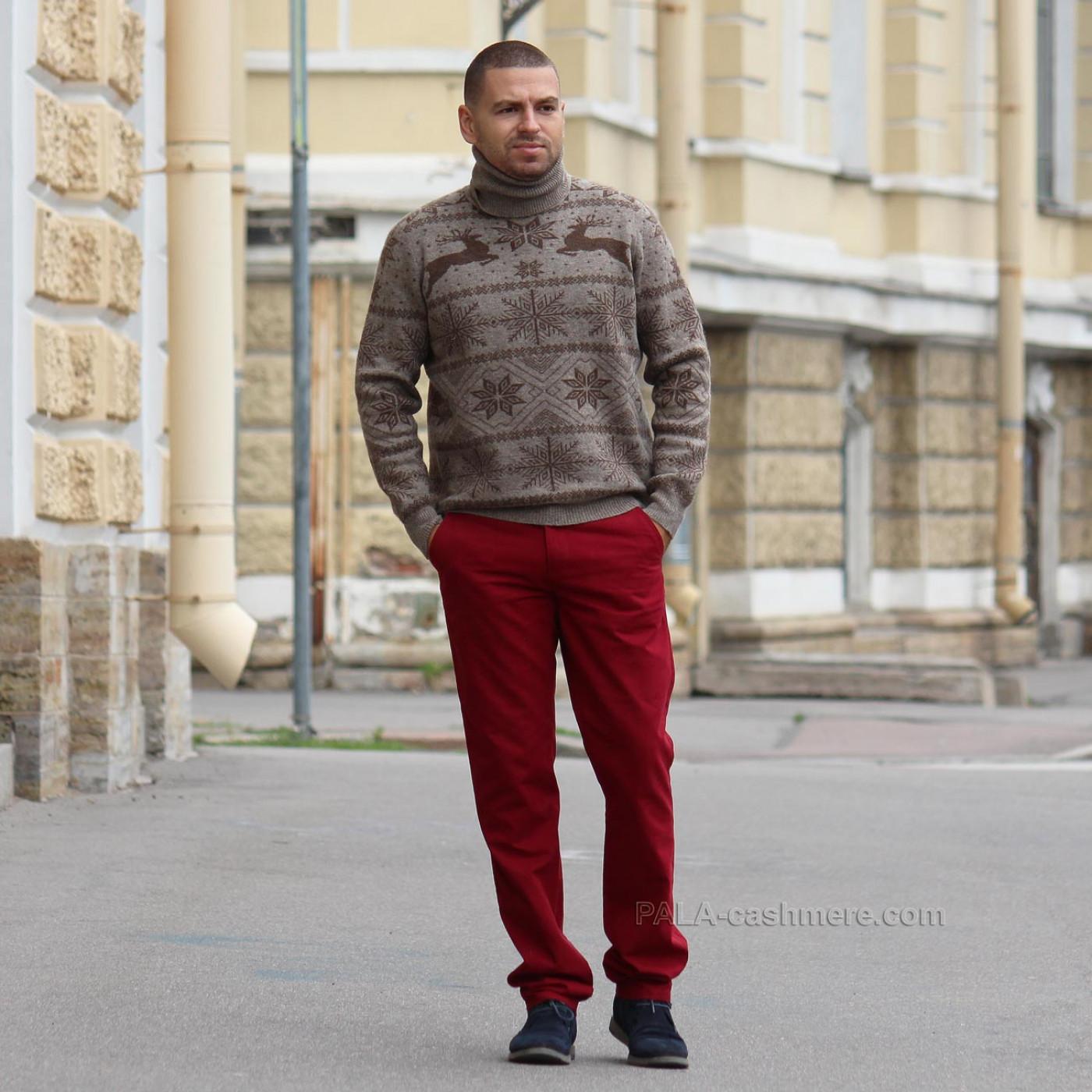 Шерстяной мужской свитер с оленями