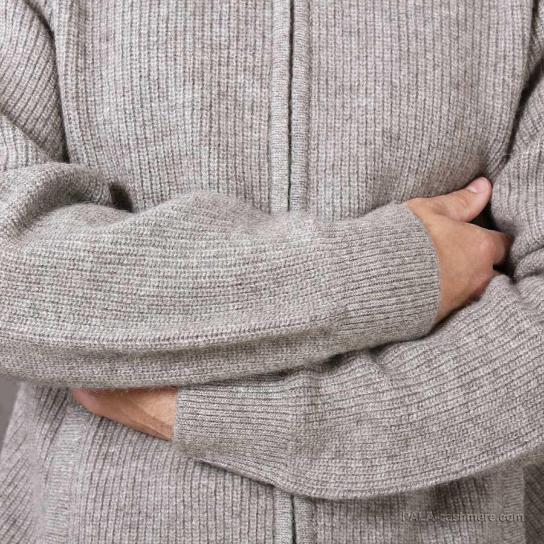 Cardigan warm from yak wool with zipper