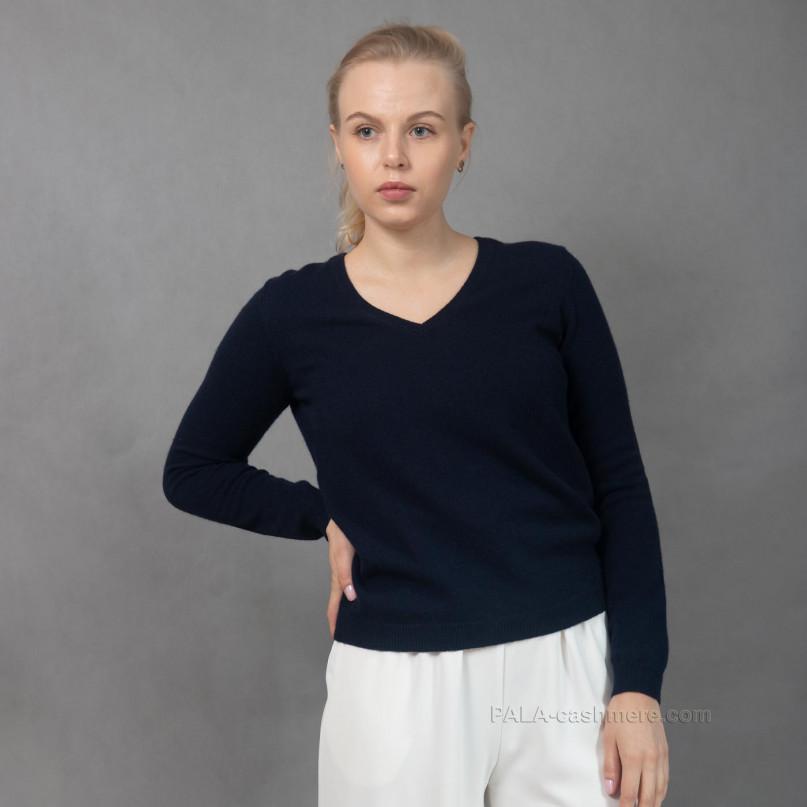 Мягкий кашемировый пуловер