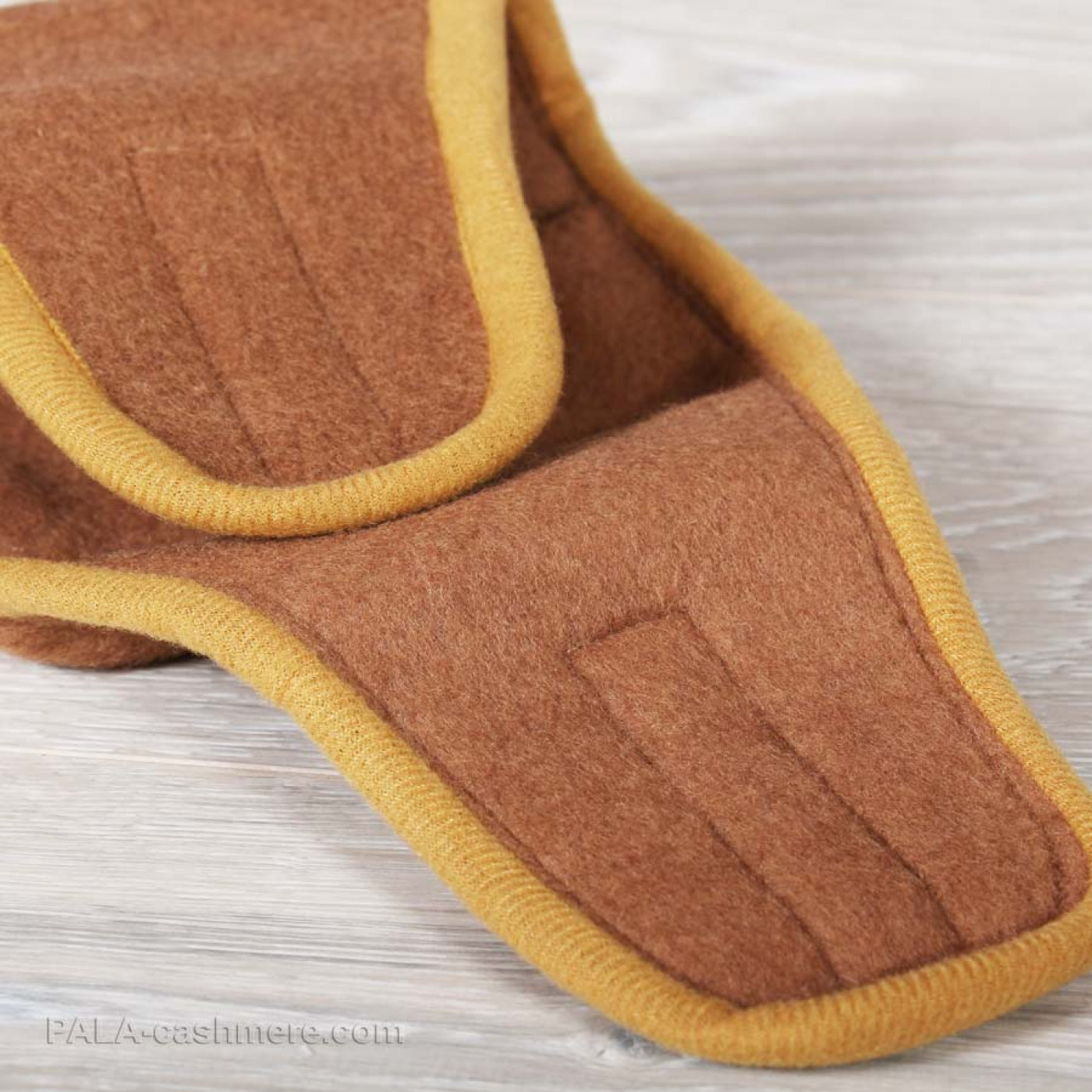 Camel Wool Knee (on velcro)