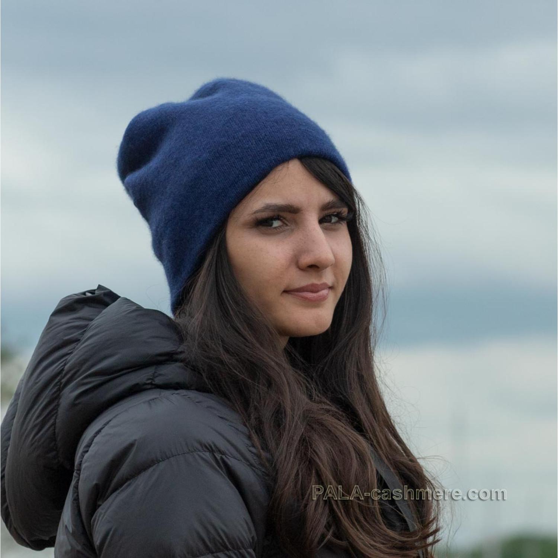 Blue cashmere hat