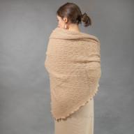 Платок ажурный из верблюжьей шерсти
