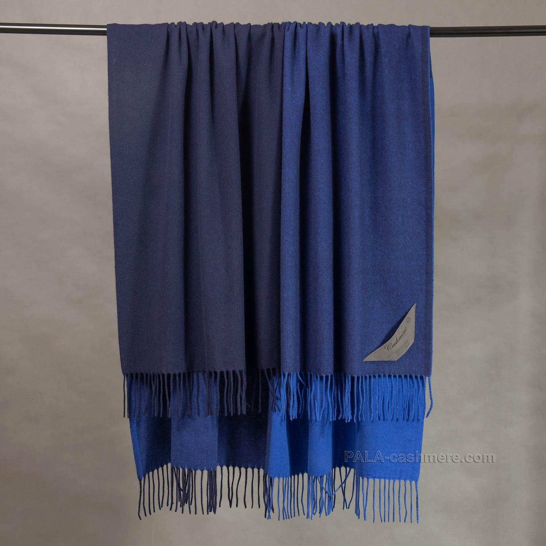 Кашемировый плед сине-голубой