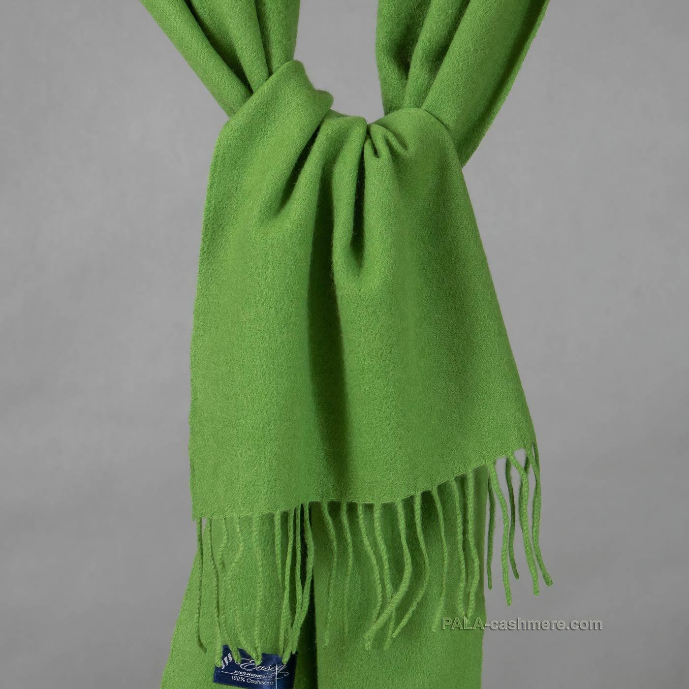 Шарф кашемировый зеленый