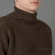 Мужской свитер из шерсти ягнят