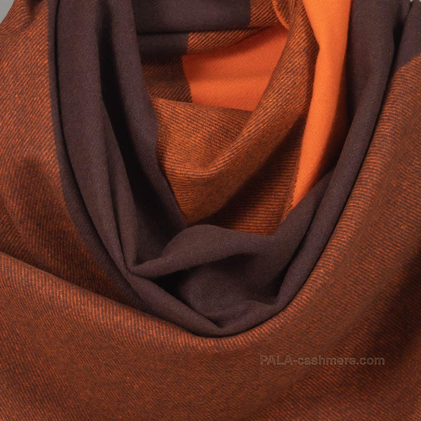 Оранжевый палантин из кашемира