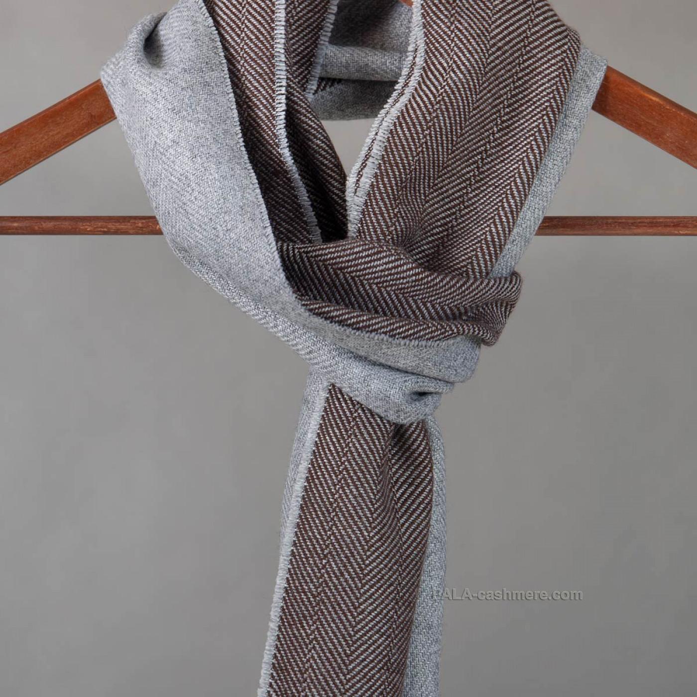 Двухцветный шерстяной шарф