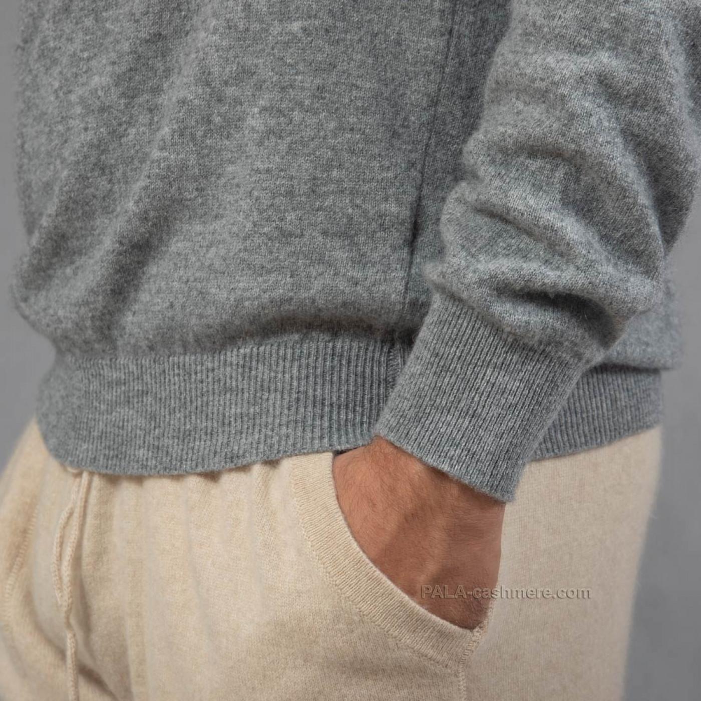 Серый джемпер из кашемира