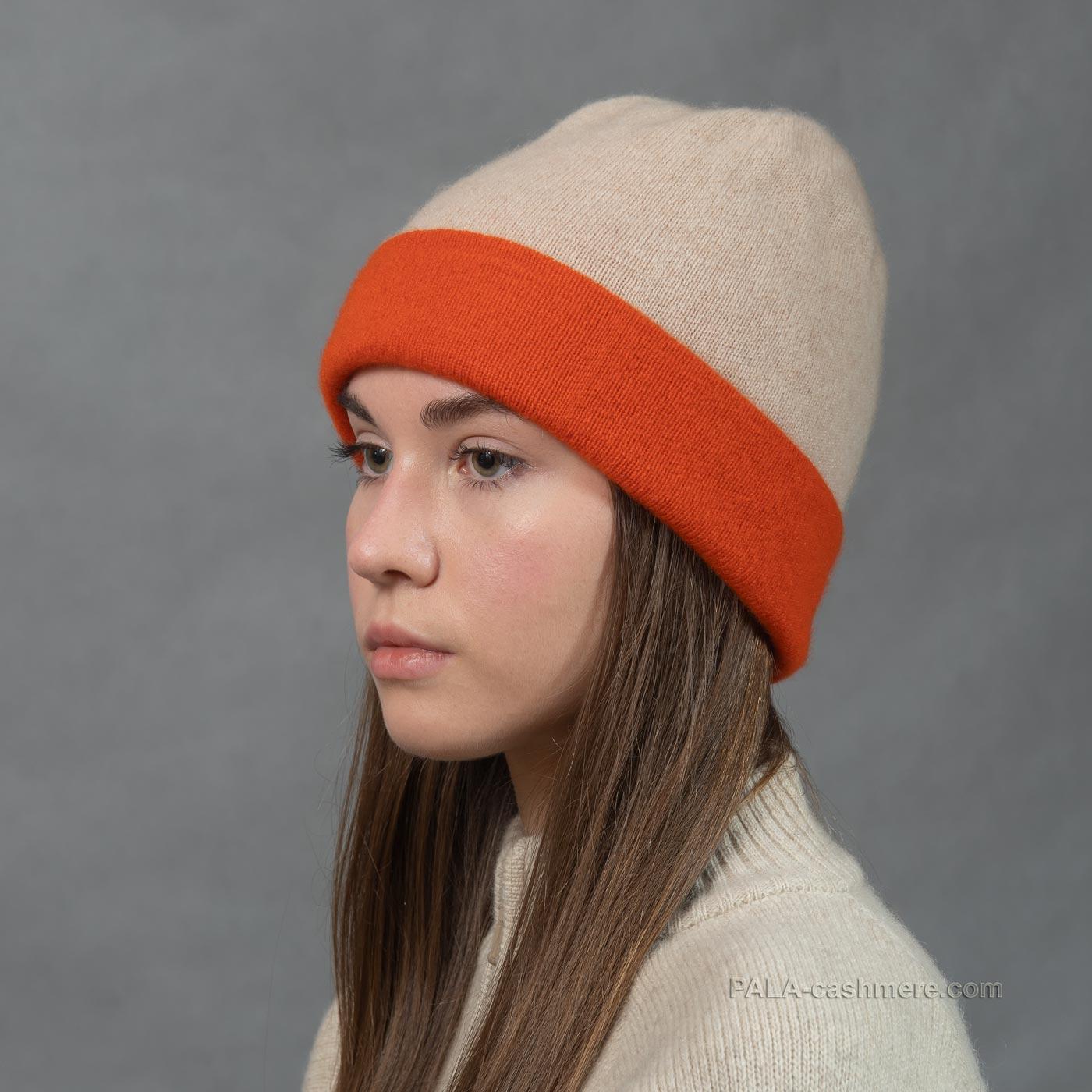 Зимняя шапка из кашемира
