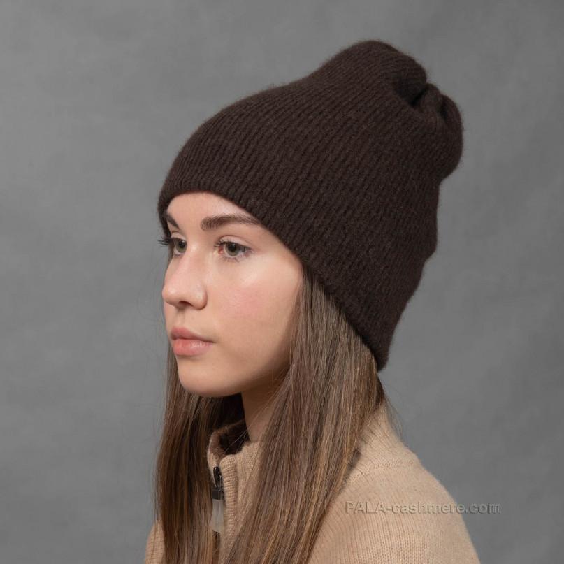 Женская шапка из шерсти яка