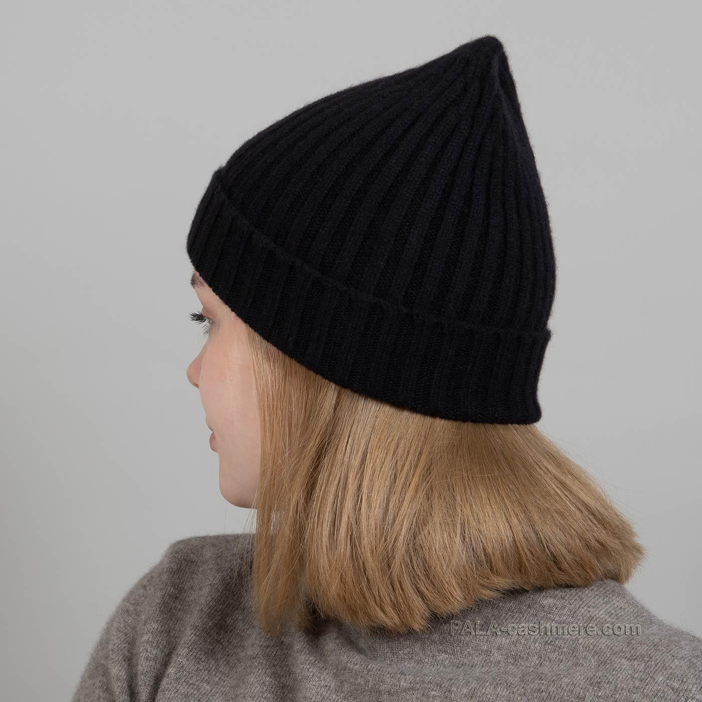 Теплая шапка из кашемира