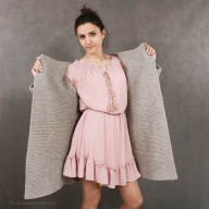 Cardigan of yak wool with pockets