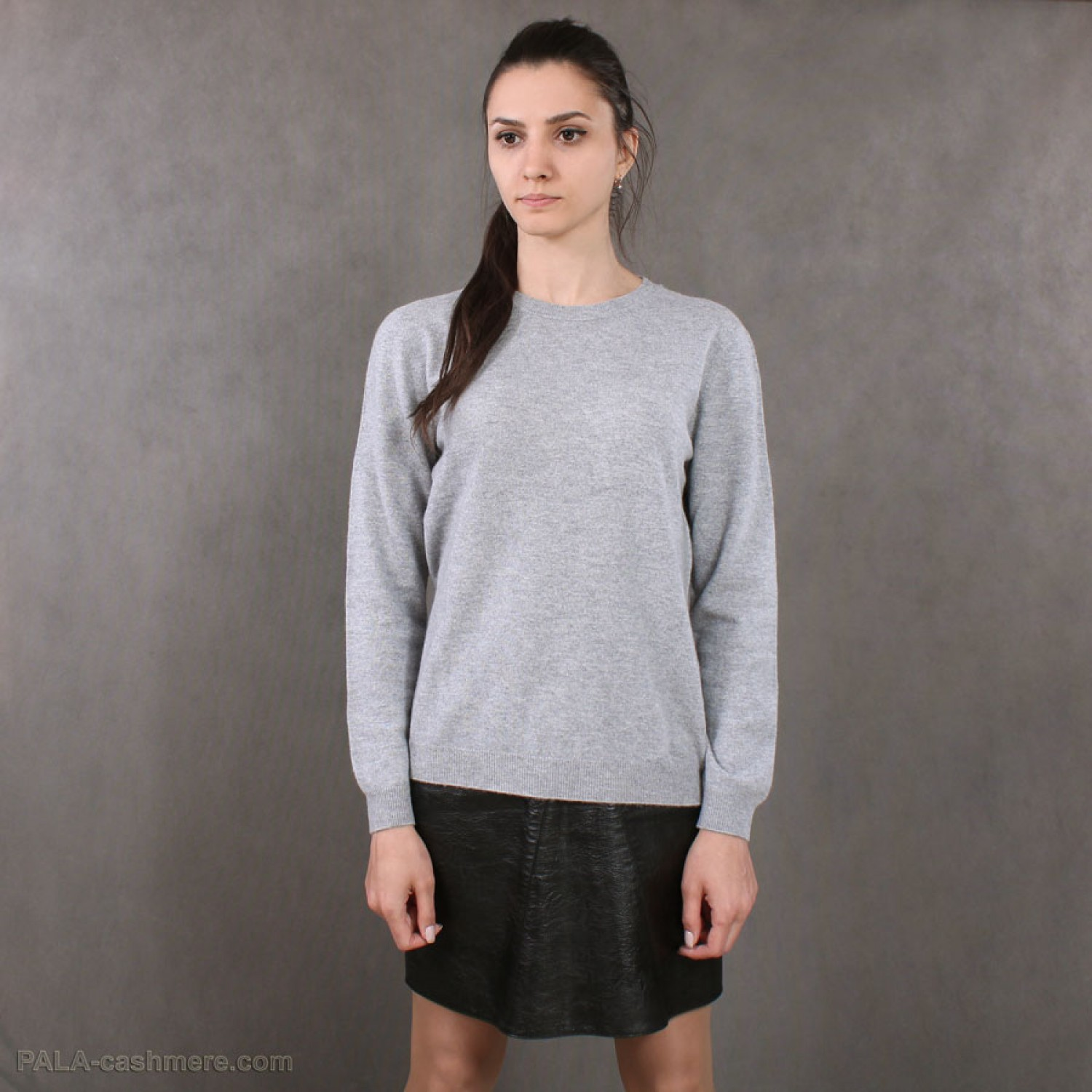 Blue cashmere sweater for women