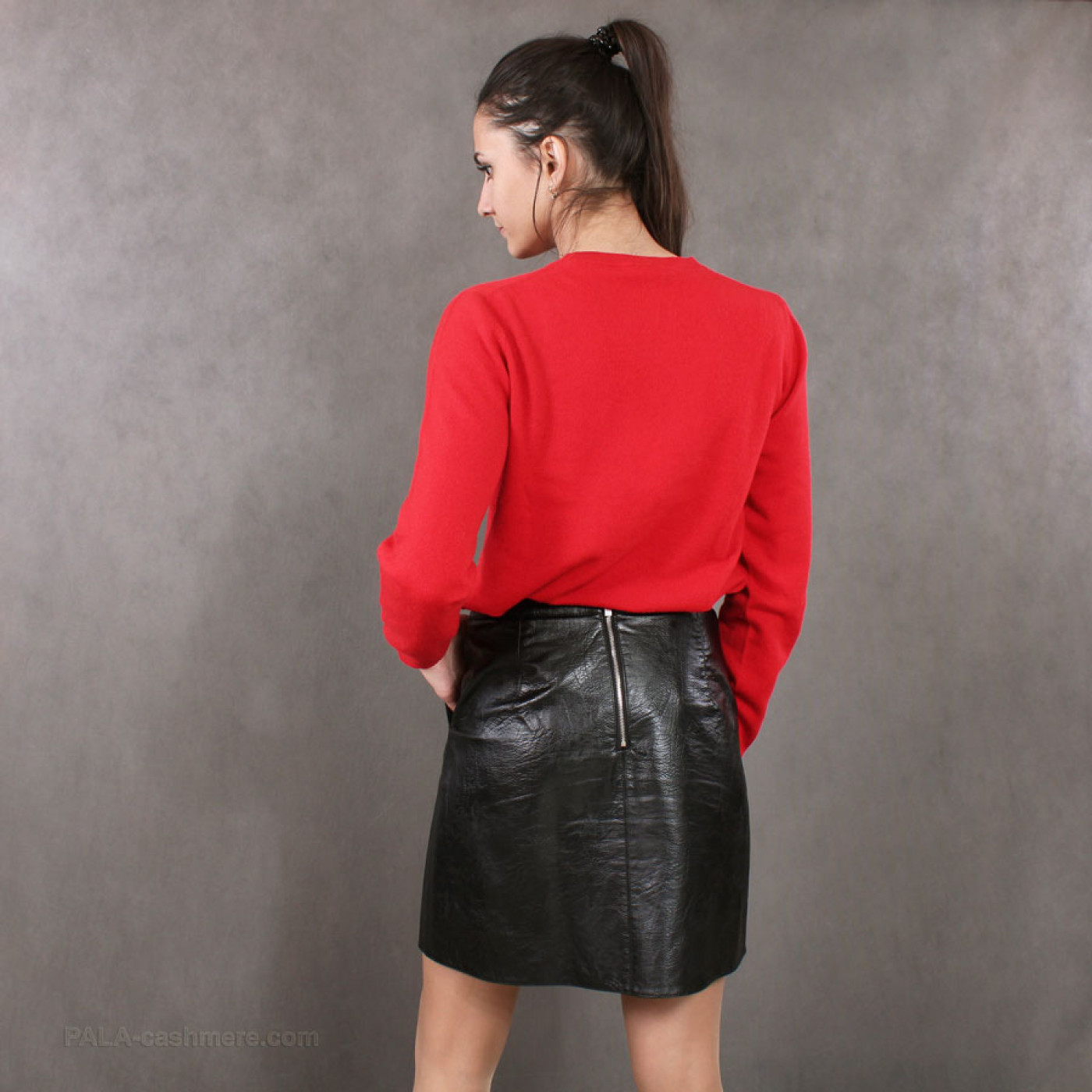 Red cashmere sweater for women