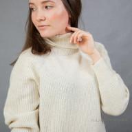 Свитер шерстяной женский теплый