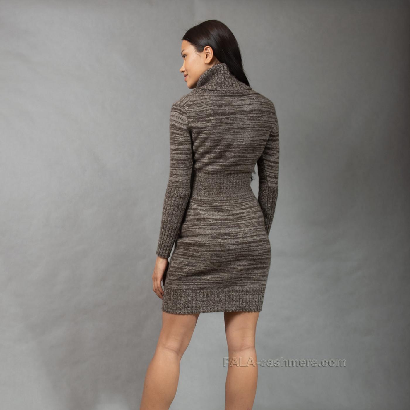 Платье шерсть яка с горлом