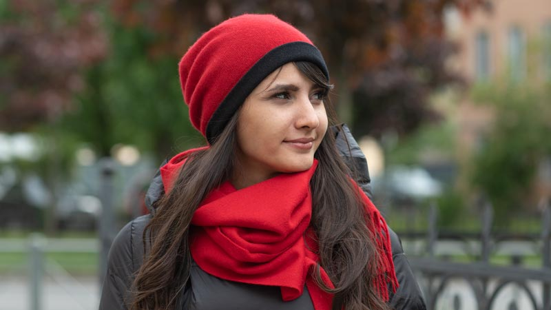 Is it worth buying a cashmere scarf?